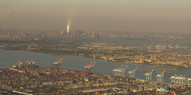 One World Trade Center, South Manhattan, Liberty Island, Ellis Island, Upper Bay and Newark bay