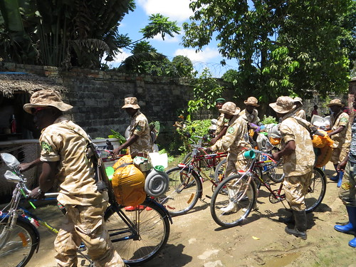 guards leaving Kis by velo copy