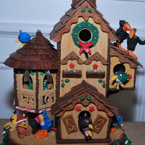 WPIR - gingerbread cuckoo clock-001