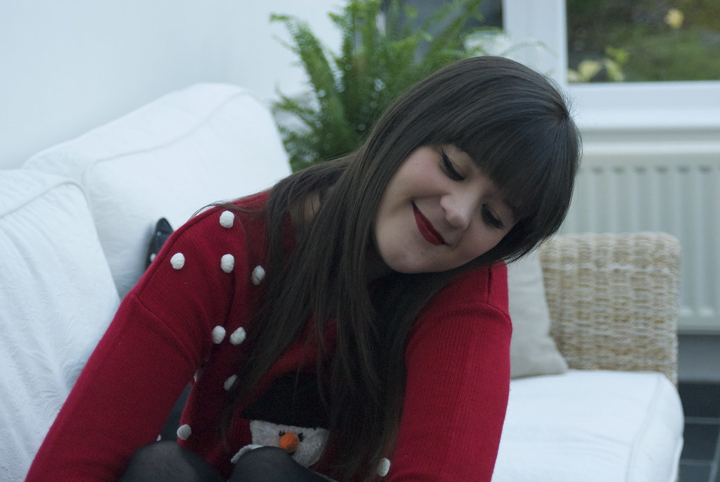 christmas-jumpers-and-crimson-lips