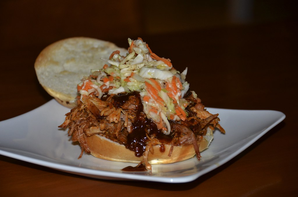 Pulled Pork / Carolina Slaw