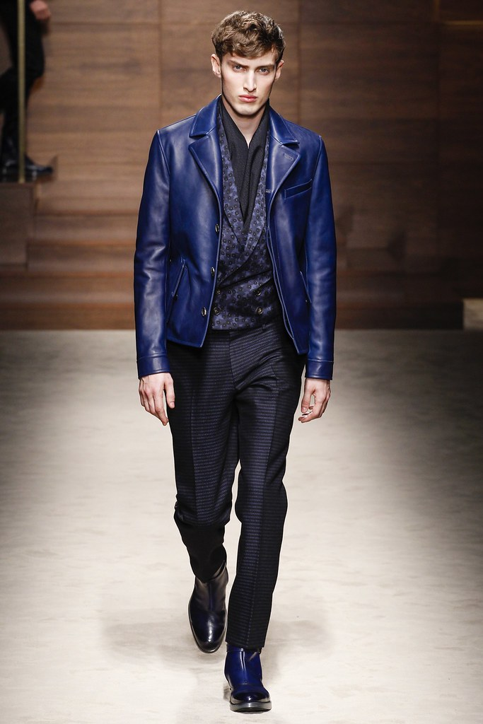 FW14 Milan Salvatore Ferragamo026_Charlie France(VOGUE)