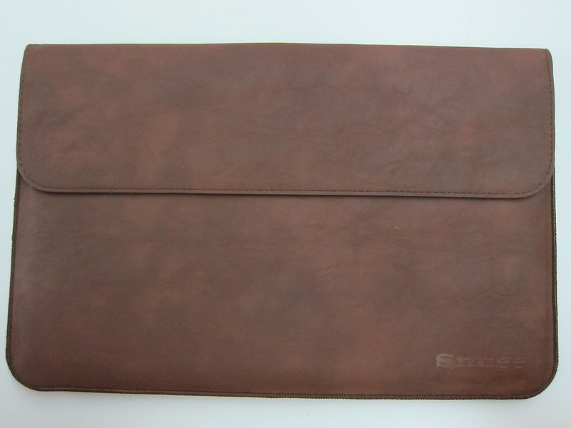 Snugg Microsoft Surface 2 Sleeve - Front