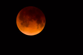 Interesting Lunar Eclipse 4/15/14