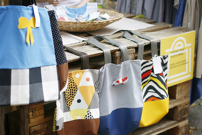Beautiful and practical tote bags from PlatForma at Design Bazaar