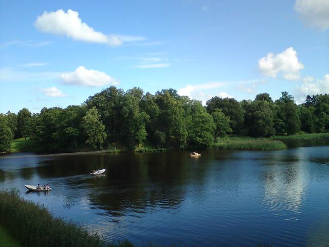 Лодки в Нижнем пруду // Boats in Lower pond