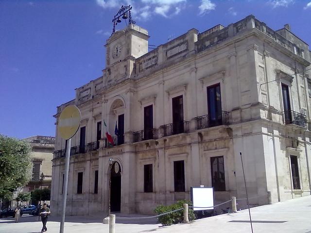 Palazzo_San_Domenico_-_Municipio