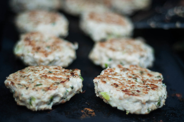herby pesto chicken burgers