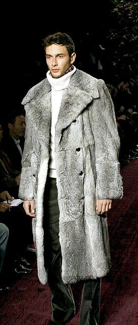FASHION-AUTUMN-WINTER-2004-YSL-FORD