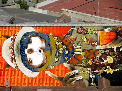 Graffitti sobre los tejados de Valparaíso