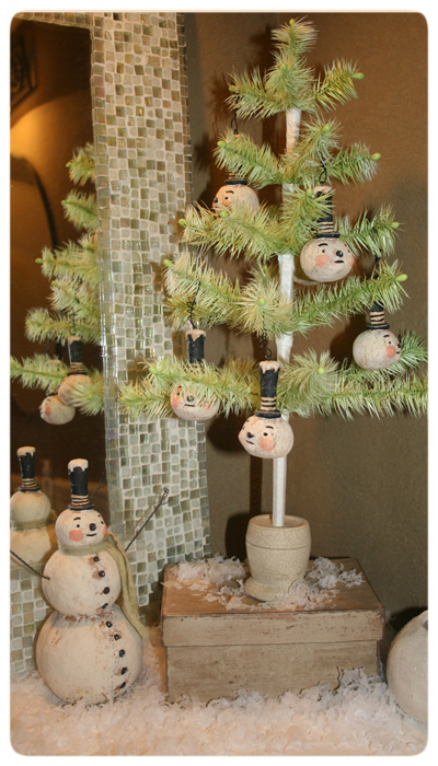 Martha's-Photo-Johanna-Parker-Collection-Christmas-Prim-Snowmen