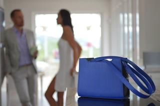 Handtasche mit Wechseldesign in blau