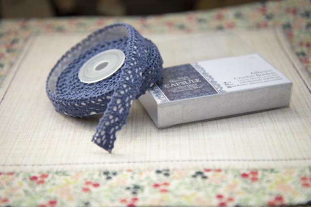 Papermania crochet border