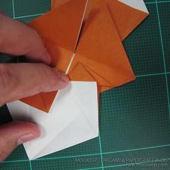 วิธีพับกระดาษเป็นรูปหมี (Origami Bear) 007