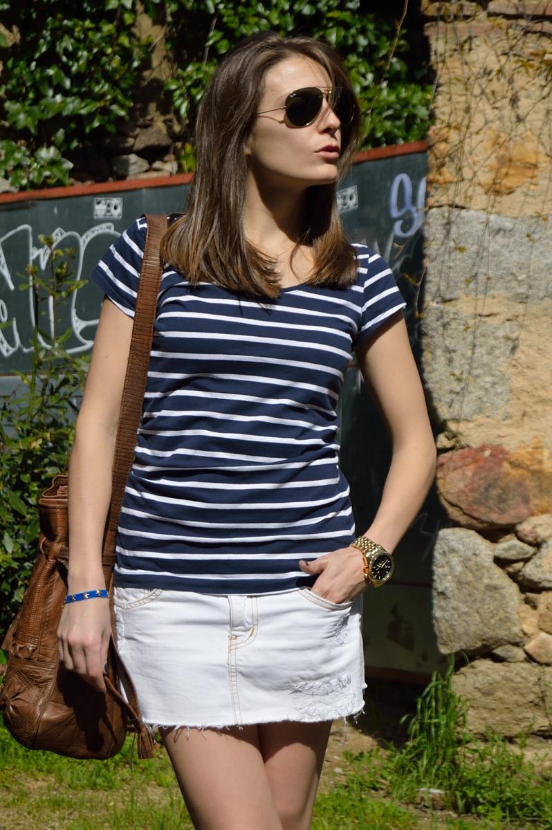 lara-vazquez-madlula-blog-stripes-blue-white-brown