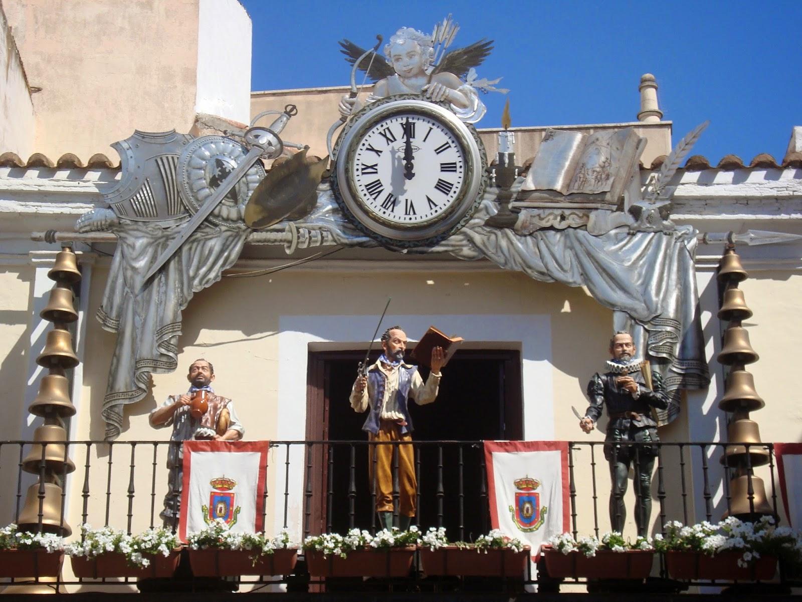 Reloj del Carillón Plaza mayor de Ciudad Real. Autor, Viajes en la mochila