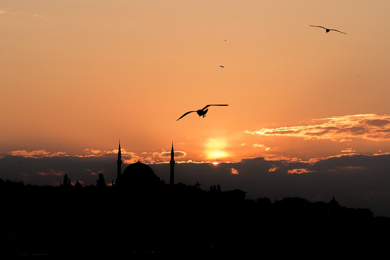 Istanbul sunrise - Galata Bridge and Golden Horn