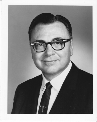 1970s Dr Robert C Strubhar yrbk