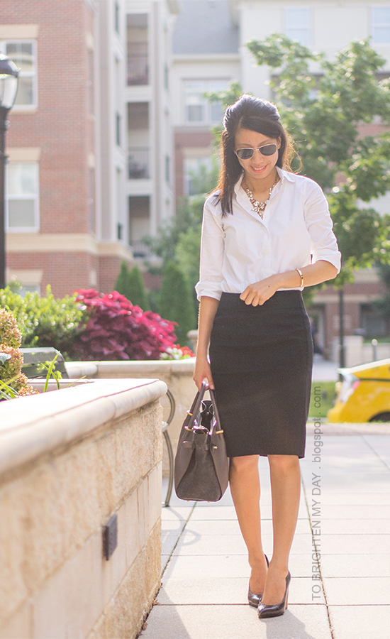 statement necklace, white dress shirt, black pencil skirt, wooden heeled pumps, gray tote bag