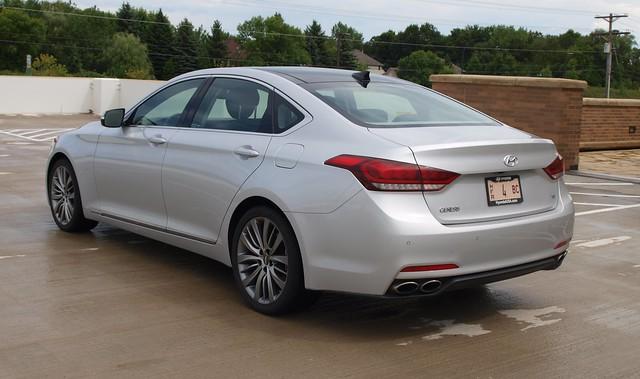 2015 Hyundai Genesis 5.0 sedan