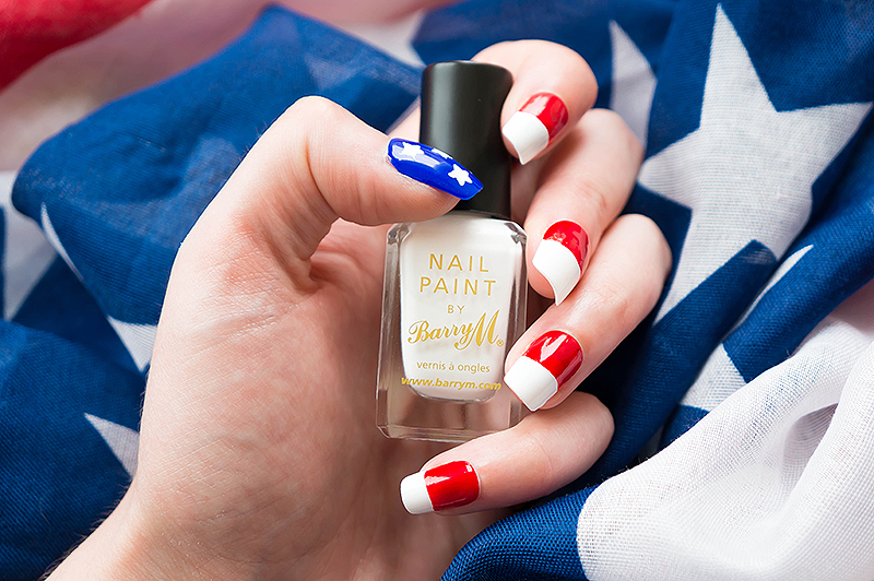 July 4th Nails - 2 | www.latenightnonsense.com