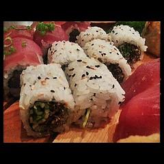 meal, california roll, sushi, japanese cuisine, food, dish, cuisine, onigiri,