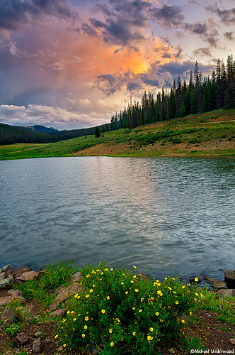 sunset summer lake storm clouds pond colorado sanjuanmountains slumgullionpass uppermillcreekpond