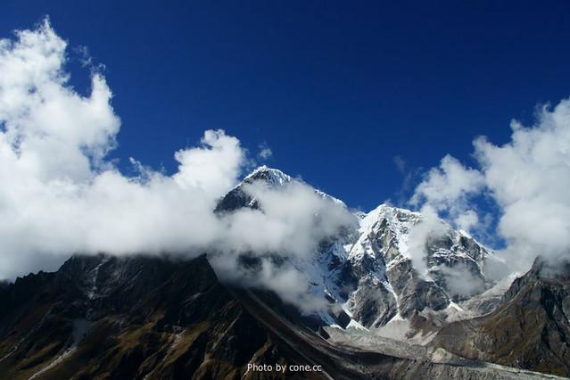 Cholatse和Tabuche Peak