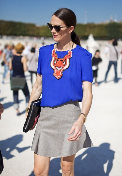 statement-necklace-lee-oliveira-cobalt-blue-top-street-style-paris-fashion-week-red-small-beeded-bib-thick-cat-eye-sunglasses-patent-clucthc-grey-gray-skirt-416x600