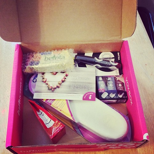 So excited to try all the awesome goodies in my first @influenster voxbox. #voxbox #influenster