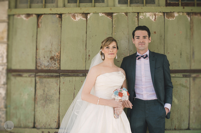 first-look-Genevieve-and-Alistair-Vrede-en-Lust-South-Africa-wedding-shot-by-dna-photographers-13