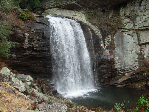 Looking Glass Falls in the summer