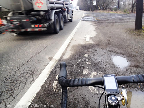 Bike lane conditions Hwy 30-St Helens Rd-2