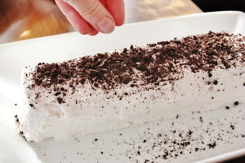whipped-coconut-cream-ice-box-cake