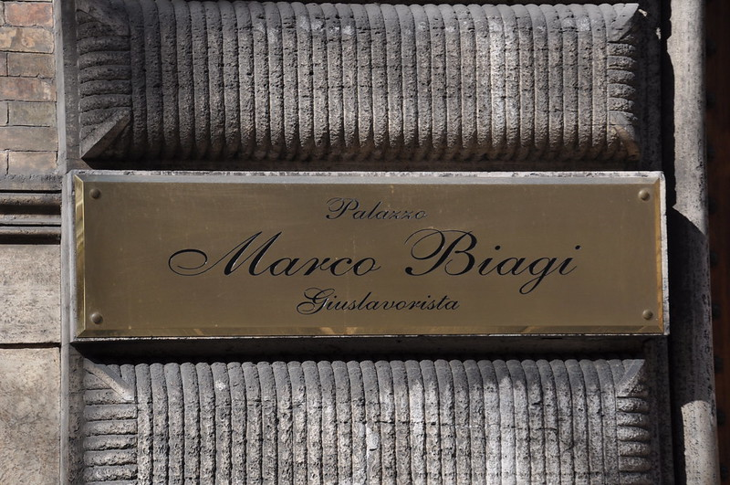L'ombra di gravi omissioni sull'omicidio Biagi