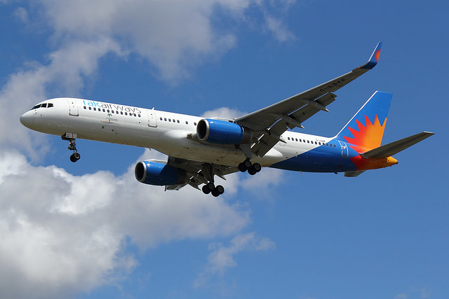 Jet2 Holidays - B752 - G-LSAK (2)