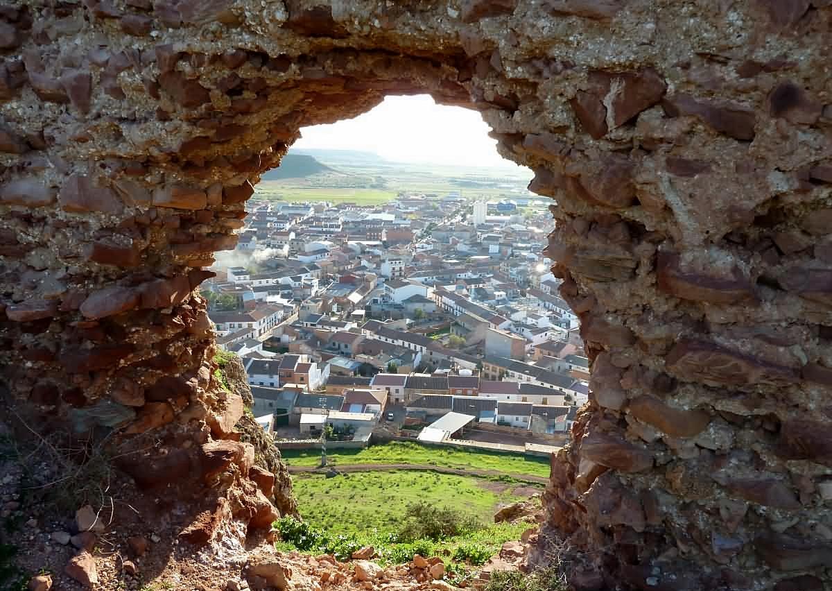 5. Vista de Montiel desde el Castillo de La Estrella. Autor, Ciudad-Real.es