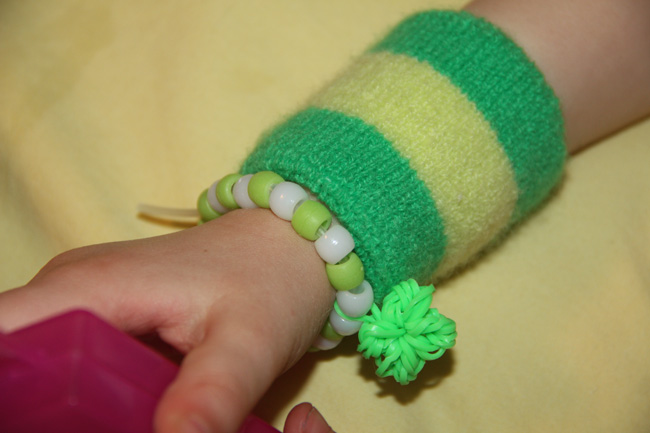 Aut-bracelets