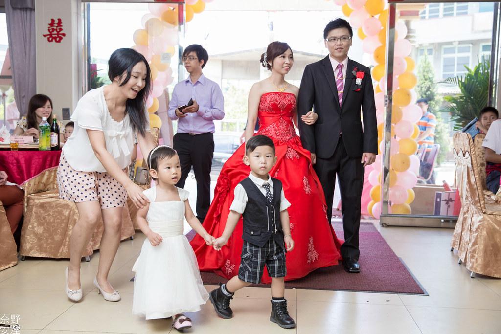 婚禮紀錄-高雄-展誠&鳳綿-文定午宴 X 吉喜海鮮餐廳 (56)