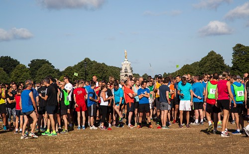 parkrunners gathering for Bushy parkrun #581 on Lime Avenue