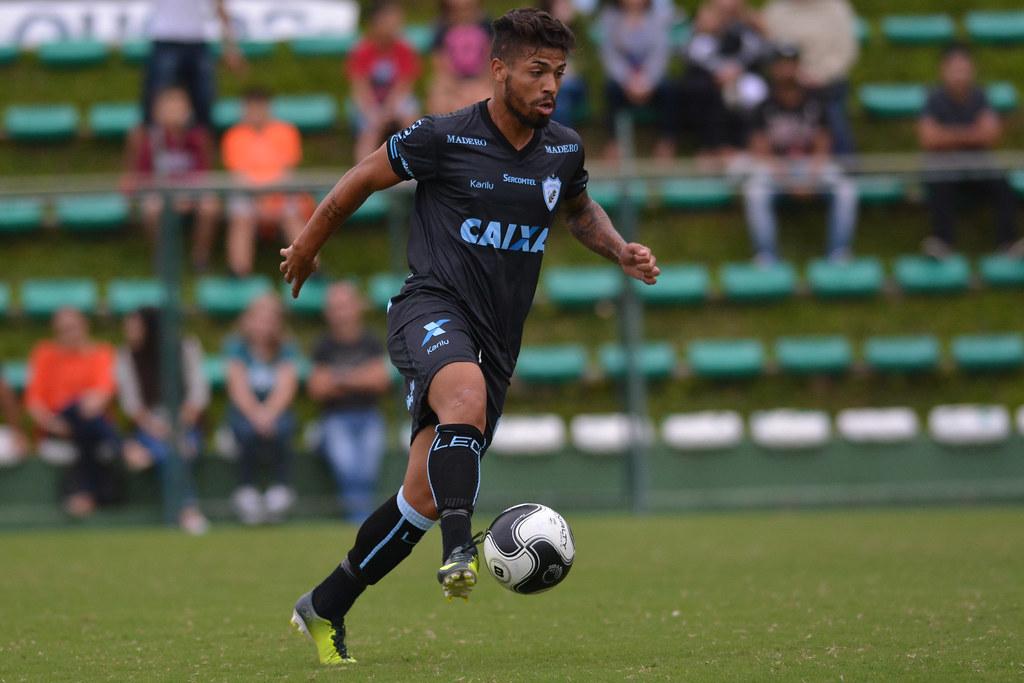 Gustavo Oliveira_039