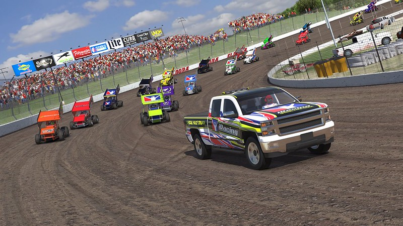 iRacing Dirt Pace Truck