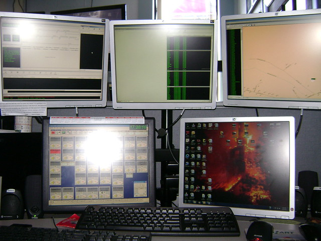 The 5 dispatch computer screens 051812