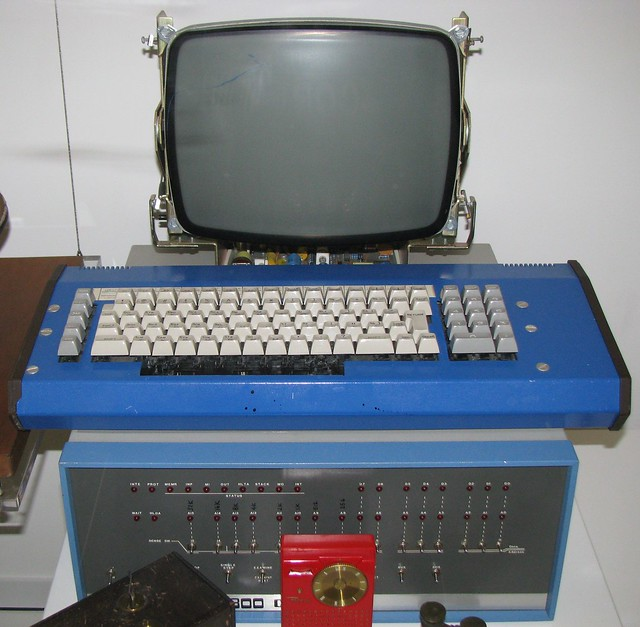 Nmah235 Computer With Keyboard And Monitor The Micro