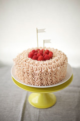 raspberry-buttercream-cake