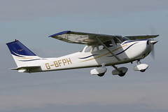 G-BFPH - 1971 Reims built Cessna F172K Skyhawk, departing from Runway 09L at Barton