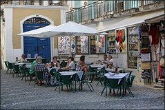 Restaurants, Lounges, Bars, Taverns, Cafes, Pubs & Employees Portugal