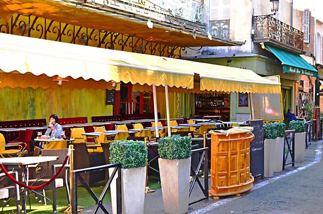 Le Cafe du nuit, Arles, France