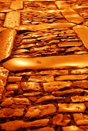 西西里古老的街道石板路面。攝影:范欽慧