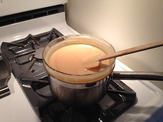 Dulce de leche cooking
